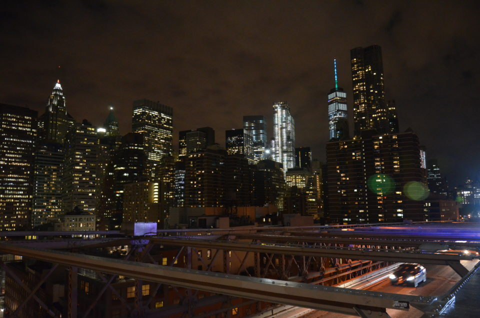 Skyline von New York mit der Brooklyn Bridge