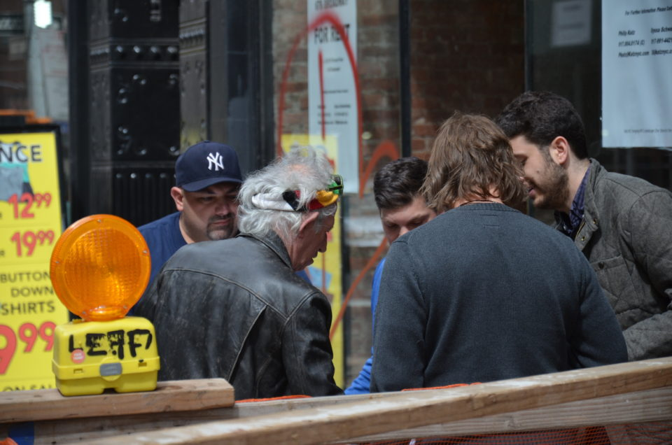 Keith Richards gibt Autogramme in der Bowery, Manhattan, New York