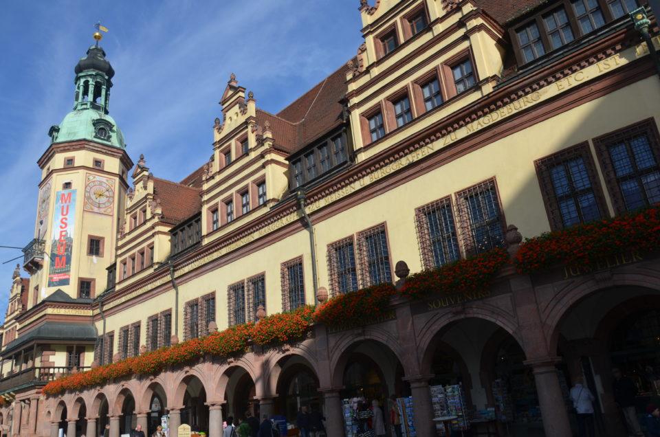 Das Alte Rathaus mit dem Stadtgeschichtlichen Museum ist nur eine von vielen Möglichkeiten für einen Museumsbesuch bei einem Leipzig Kurztrip.