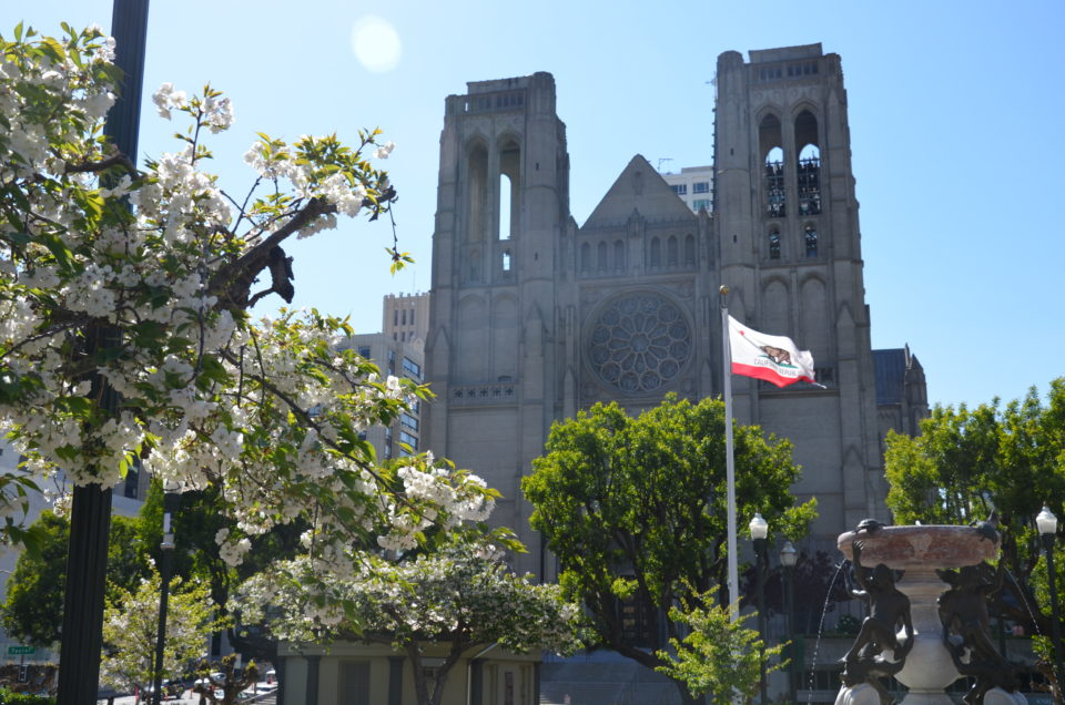 Bei Verfolgungsjagden sieht man besonders viel von San Francisco. Bullitt liefert als einer der besten San Francisco Filme eine perfekt dazu geeignete Verfolgungsjagd.