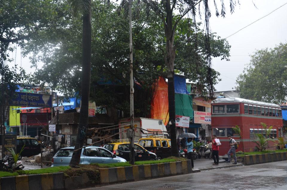 Dhobi Ghat ist die größte Freiluft-Wäscherei der Welt und deswegen natürlich eine der spannendsten Mumbai Sehenswürdigkeiten.