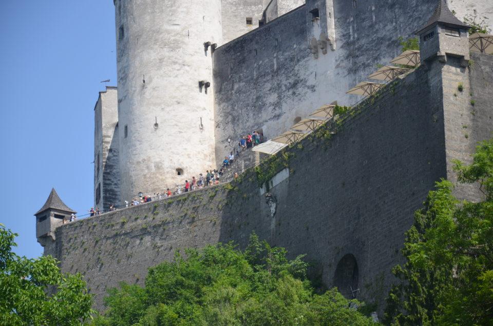Im Salzburg Sehenswürdigkeiten Rundgang kann die Festung Hohensalzburg einen würdigen Abschluss liefern.