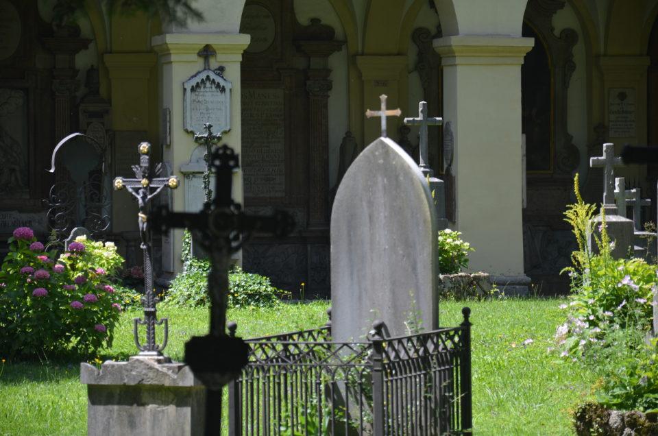 In den Salzburg Sehenswürdigkeiten Rundgang lässt sich auch der Sebastiansfriedhof sehr gut einbauen.