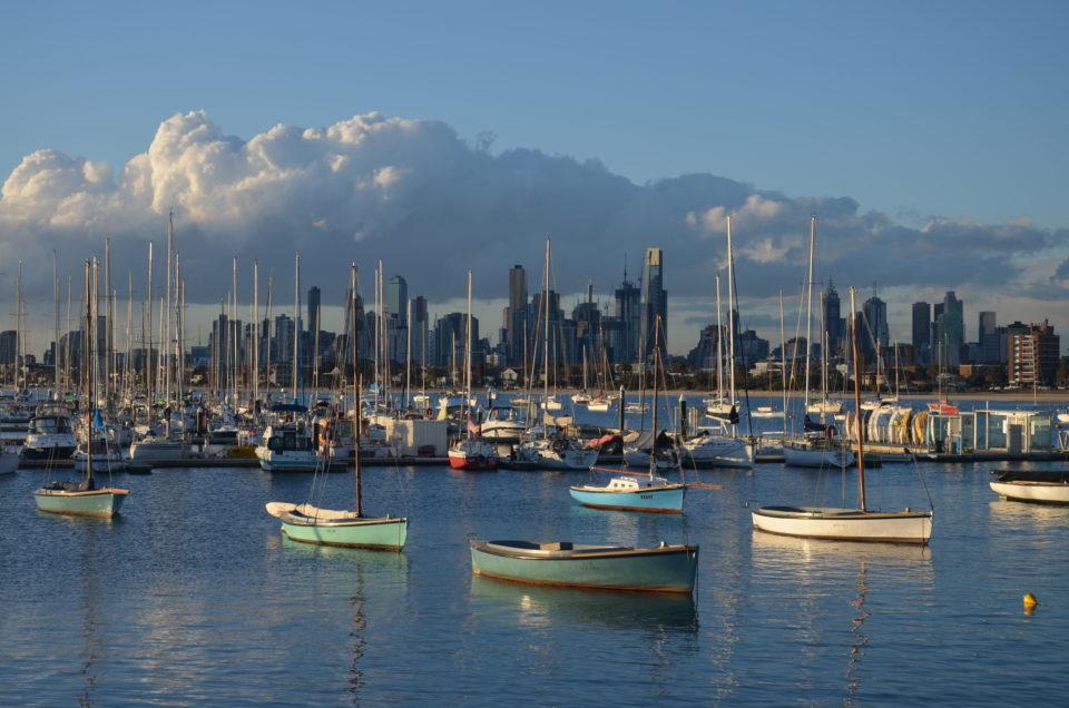 Bei einer Australien Route für 3 Wochen ist Melbourne mit seiner Skyline eine wichtige Station.