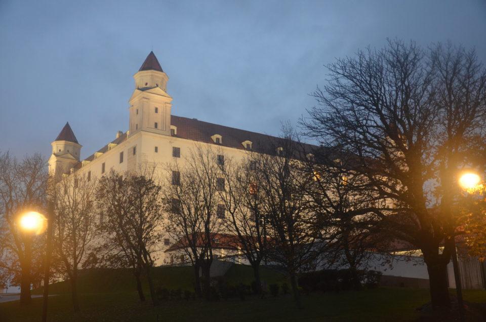 Ein Blog über Bratislava Sehenswürdigkeiten wäre unvollständig ohne Infos zur Burg Bratislava.