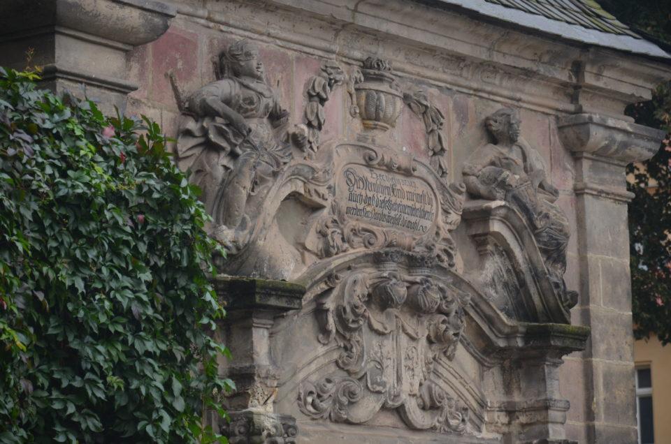 Einer der Quedlinburg Tipps am Kornmarkt ist das Goetzsche Mausoleum.